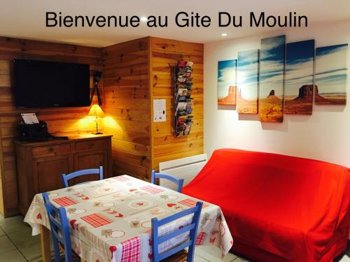 Gite du Moulin : Guest accommodation near Saint-Laurent-d'Andenay
