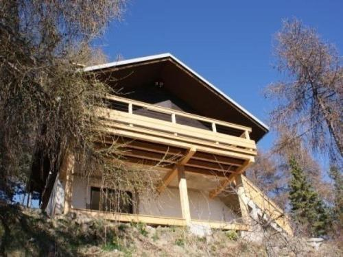 House Chalet les carlines : Guest accommodation near Buissard