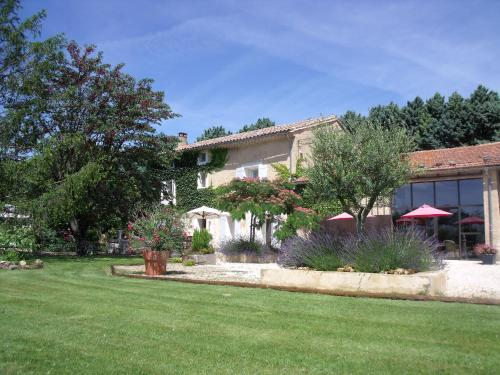 Mas de la garance : Bed and Breakfast near Althen-des-Paluds