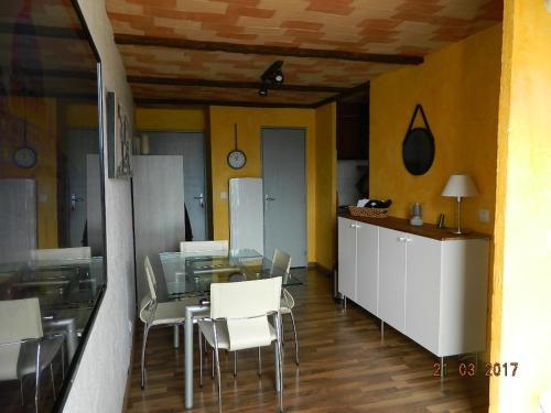 Apartment Chemin du Soula : Apartment near Les Angles