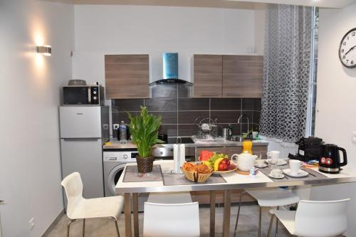 Massilia New'z Appart : Apartment near Marseille 3e Arrondissement