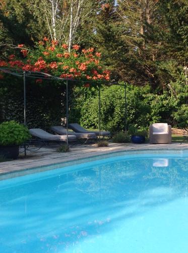 Villa de Miha : Bed and Breakfast near Valbonne