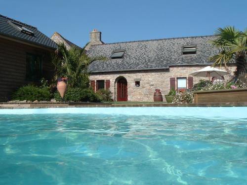 Kerjean : Guest accommodation near Cavan