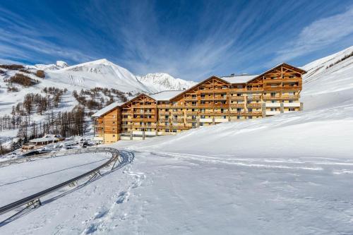 Les Cimes Du Val D'Allos : Guest accommodation near Seyne