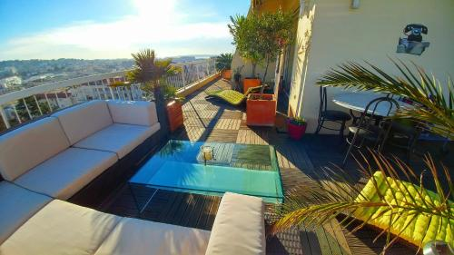 Martine : Apartment near Cannes