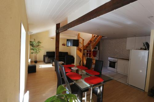 Cholet : Apartment near La Tessoualle