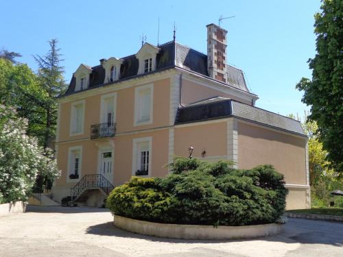 La Maison Ribotteau : Bed and Breakfast near Moussac