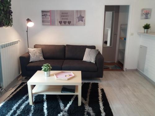 Mia : Apartment near Nant