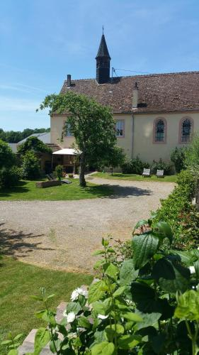 Maison d'Hôtes Ancien Couvent : Bed and Breakfast near Daubensand