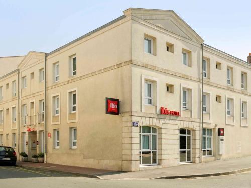 ibis Rochefort : Hotel near Moragne