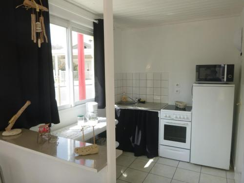 Appartements tourisme meublés Com'in Médoc : Apartment near Saint-Seurin-de-Cadourne