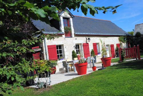 Maison d'hôtes Domaine de la touche : Guest accommodation near Saint-Georges-du-Bois