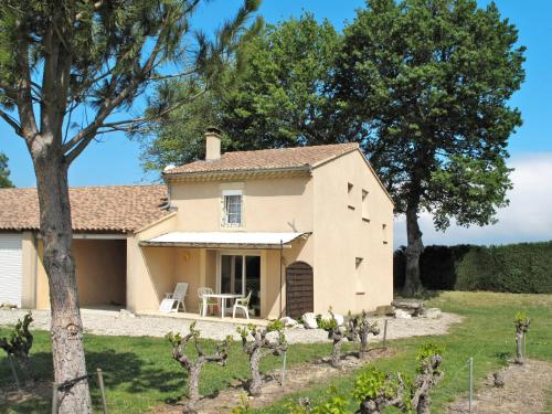 Ferienhaus Grignan 200S : Guest accommodation near Taulignan