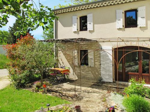 Ferienhaus La Begude-de-Mazenc 110S : Guest accommodation near Aleyrac