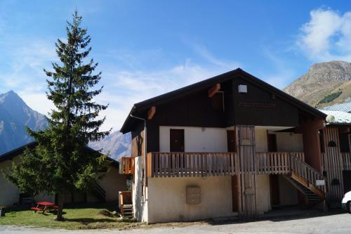 Balcon De Venosc : Apartment near Saint-Christophe-en-Oisans