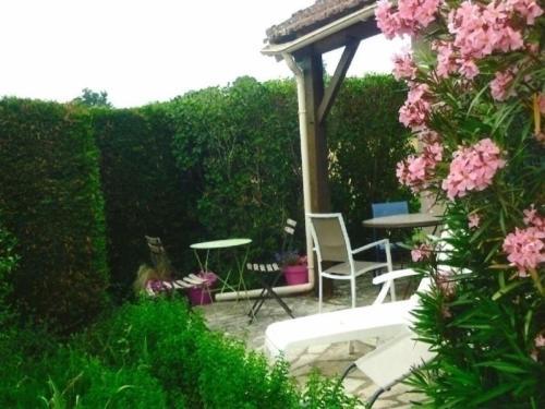 House Castelnau-montratier - 4 pers, 75 m2, 3/2 : Guest accommodation near Saint-Paul-de-Loubressac