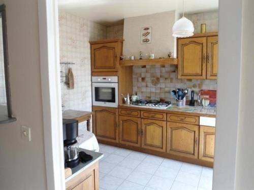 House Prayssac - 4 pers, 100 m2, 3/2 : Guest accommodation near Anglars-Juillac