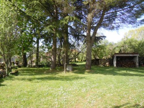 House Berganty - 8 pers, 80 m2, 4/3 : Guest accommodation near Tour-de-Faure
