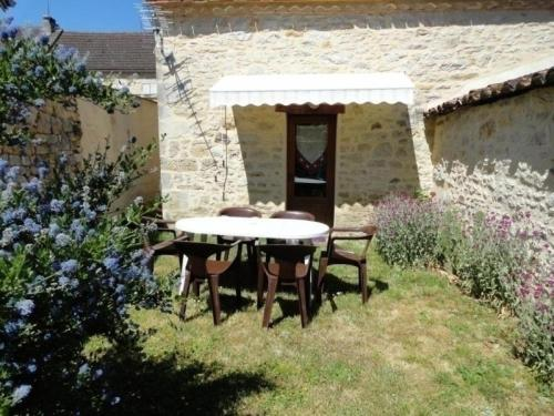 House Payrac - 5 pers, 47 m2, 3/2 1 : Guest accommodation near Reilhaguet