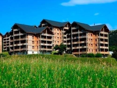 Apartment Les chalets de superd heliantheme : Apartment near Le Glaizil