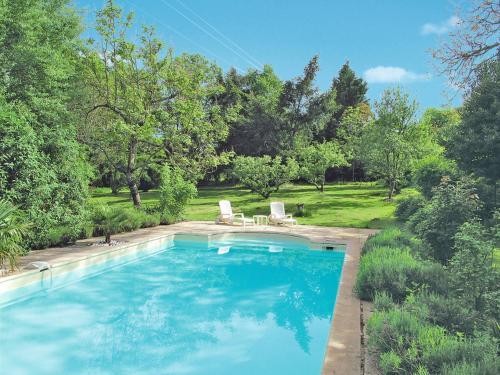 Ferienhaus St. Sulpice-les-Feuilles 118S : Guest accommodation near Roussines