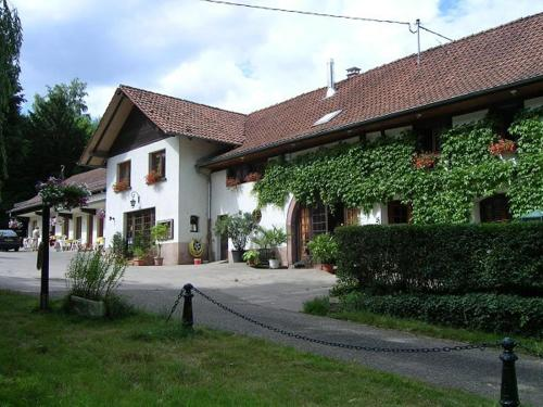 Gîtes Domaine d'Estary : Guest accommodation near Dieffenbach-au-Val