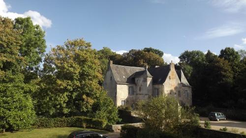 Manoir de Rouessé : Guest accommodation near Laval