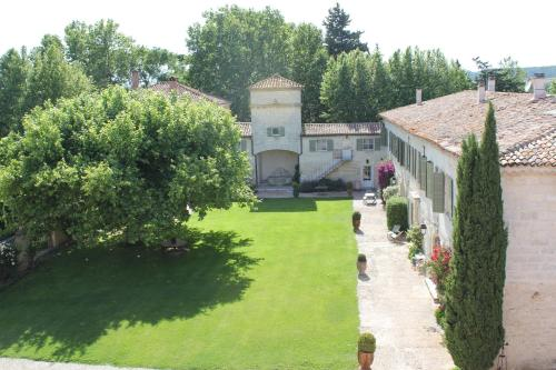 Domaine Des Clos - Les Collectionneurs : Hotel near Manduel