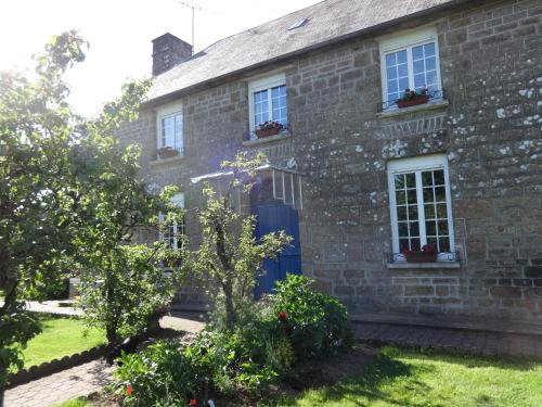 La Fosse Chambre D'Hotes : Bed and Breakfast near Passais