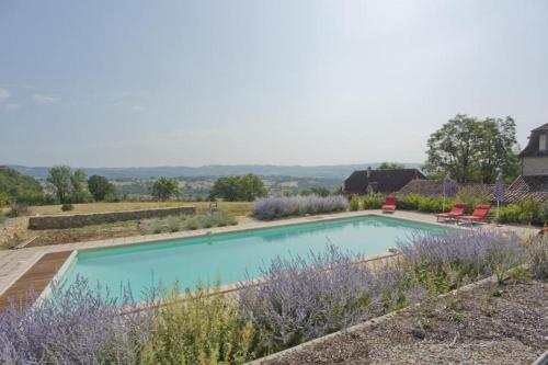 Holiday home Domaine de la Saule : Guest accommodation near Lissac-et-Mouret