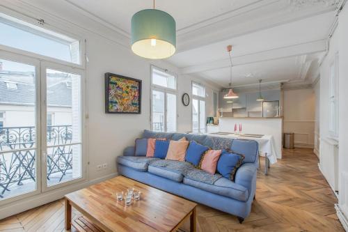 Charming Apartment with Balcony - 5 min Republique : Apartment near Paris 10e Arrondissement