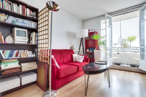 Jean : Apartment near Vanves