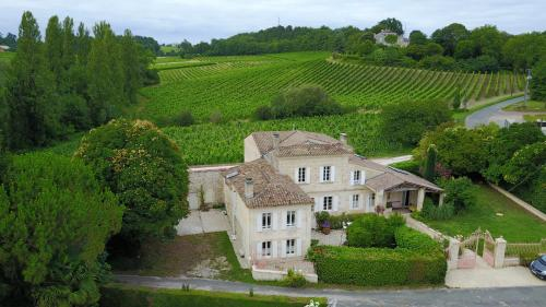 La Closerie de Fronsac : Bed and Breakfast near Virsac