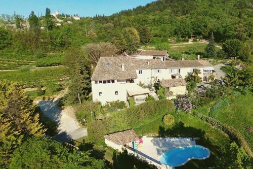 Les Vergers de la Bouligaire Gîtes : Guest accommodation near Saulce-sur-Rhône