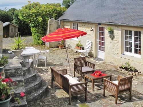 Ferienhaus Commes 400S : Guest accommodation near Longues-sur-Mer