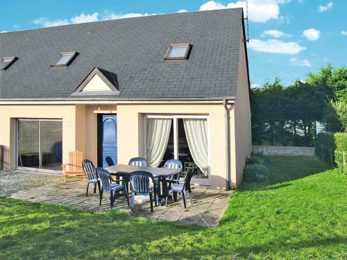 Ferienhaus Hauteville-sur-Mer-Plage 200S : Guest accommodation near Le Mesnil-Aubert