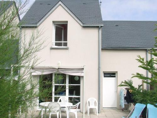 Ferienhaus Hauteville-sur-Mer-Plage 402S : Guest accommodation near Le Mesnil-Aubert
