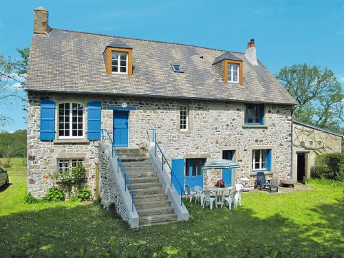 Ferienhaus Le Vretot 401S : Guest accommodation near Saint-Pierre-d'Arthéglise