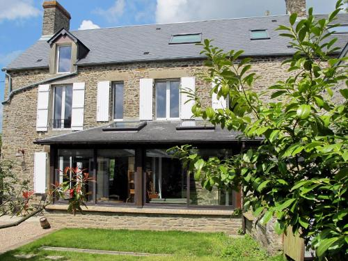 Ferienhaus Les Moutiers-en-Cinglais 400S : Guest accommodation near Barbery
