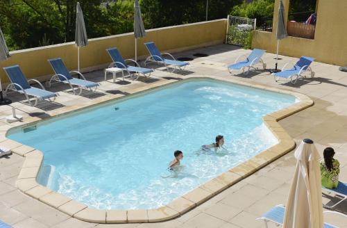 Résidence Odalys Les Bains d'Avène : Guest accommodation near Joncels