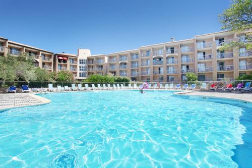 Résidence Odalys Les Hauts de Balaruc : Guest accommodation near Villeveyrac