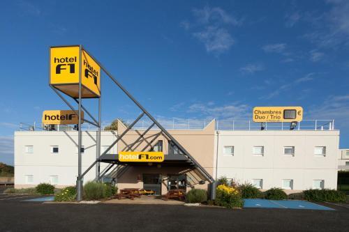 hotelF1 Calais Coquelles : Hotel near Hames-Boucres