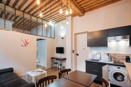Luckey Homes - Rue du Garet : Apartment near Lyon 1er Arrondissement