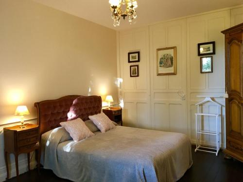 Presbytere : Bed and Breakfast near Tollaincourt