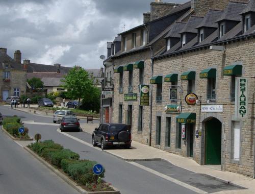 Le relais du mené : Hotel near Illifaut