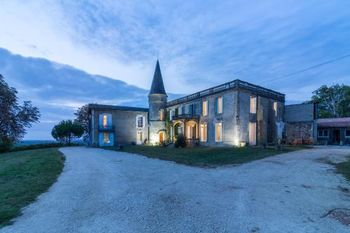La Bastane : Guest accommodation near Preignac