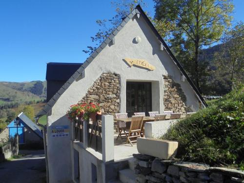 Chalet Etxola : Guest accommodation near Azet