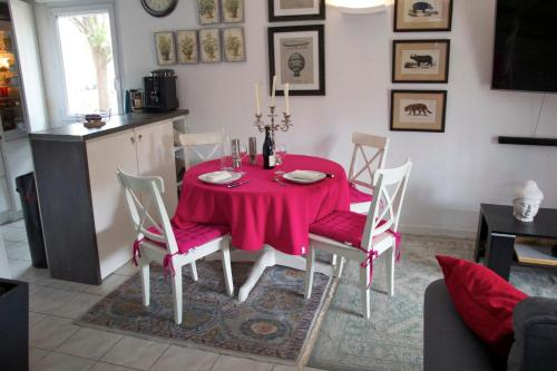 les charmilles : Apartment near Caissargues