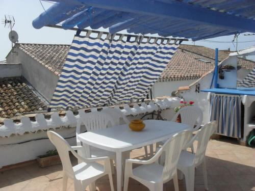 Holiday home Rue des Penitents Blancs : Guest accommodation near Saintes-Maries-de-la-Mer