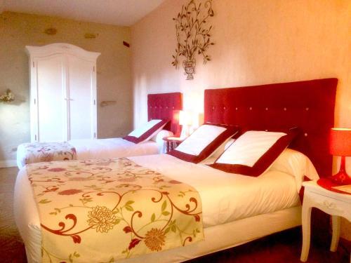 Chambres d'Hôtes L'Orée des Vignes : Guest accommodation near Saint-Laurent-l'Abbaye